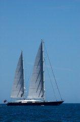 Zenzi, Under Sail